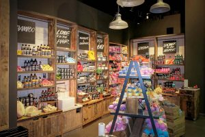 Building Management, Fitout Store, Lush Prague